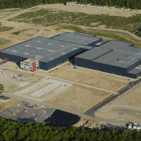 Bâtiment de logistique et montage grandes machines – KUHN