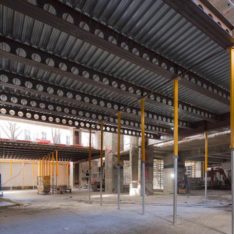 Réhabilitation d'un immeuble de bureaux à Paris – Poutres alvéolaires connectées